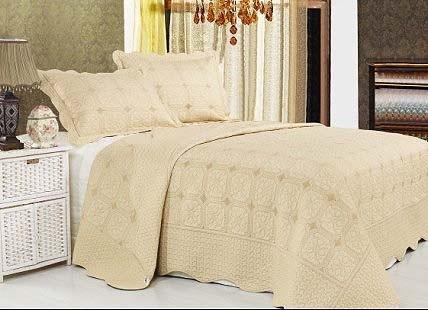 """Стеганое покрывало на кровать с наволочками Patchwork Lux Cotton """"Нега"""""""